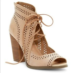 restricted natural weekday lace-up heels